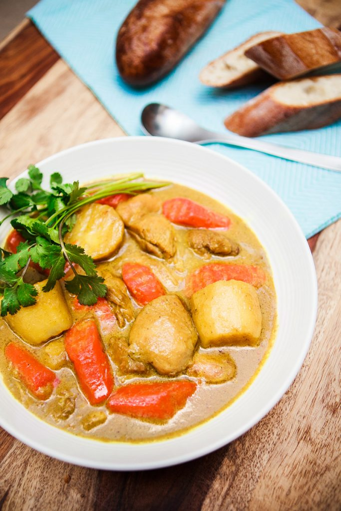 Vietnamese Chicken Curry Recipe (Cà Ri Gà)