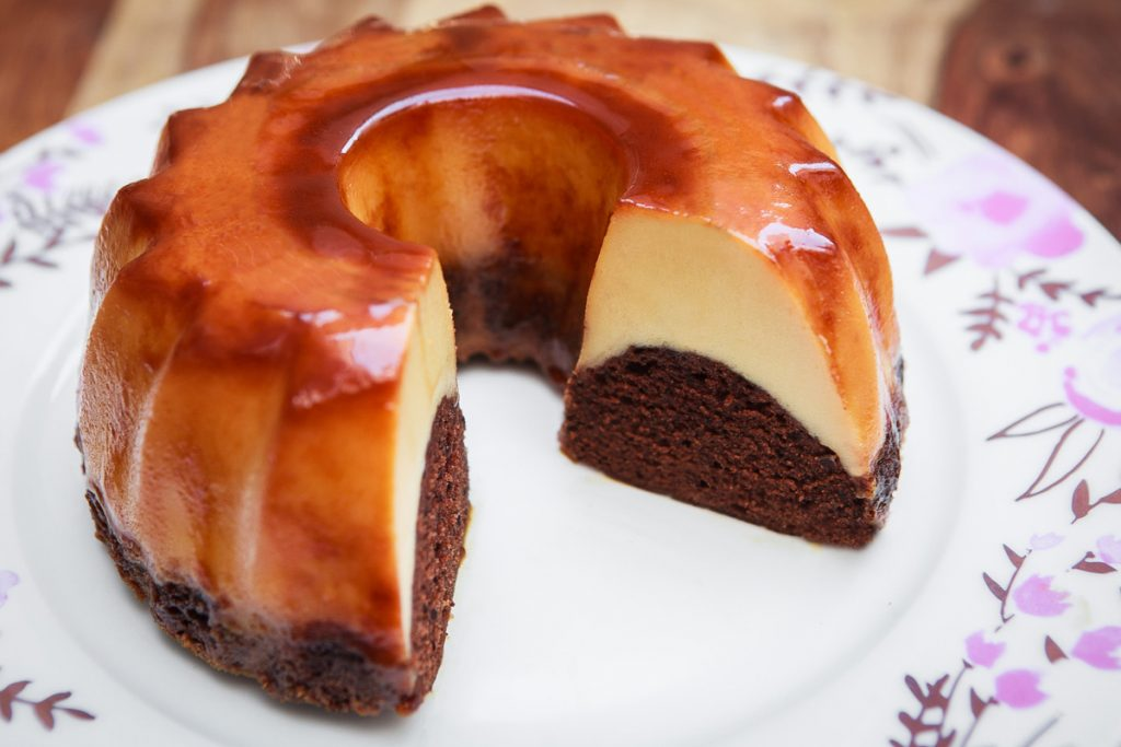 Instant Pot Chocolate Flan Cake Recipe (Chocoflan)