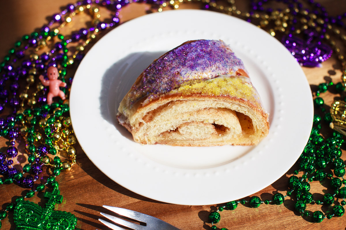 Traditional King Cake Recipe �C FOOD is Four Letter Word1200 x 800 jpeg 381kB