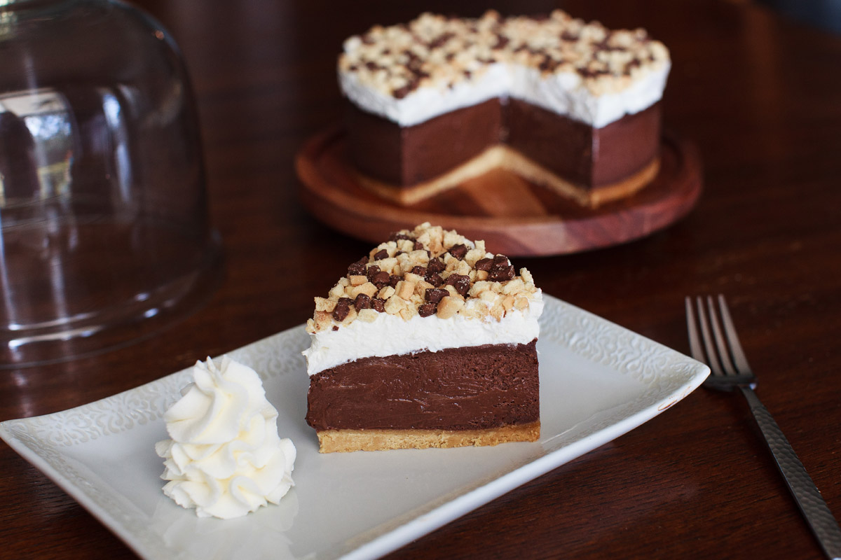 Instant Pot Chocolate Eclair Cheesecake Recipe