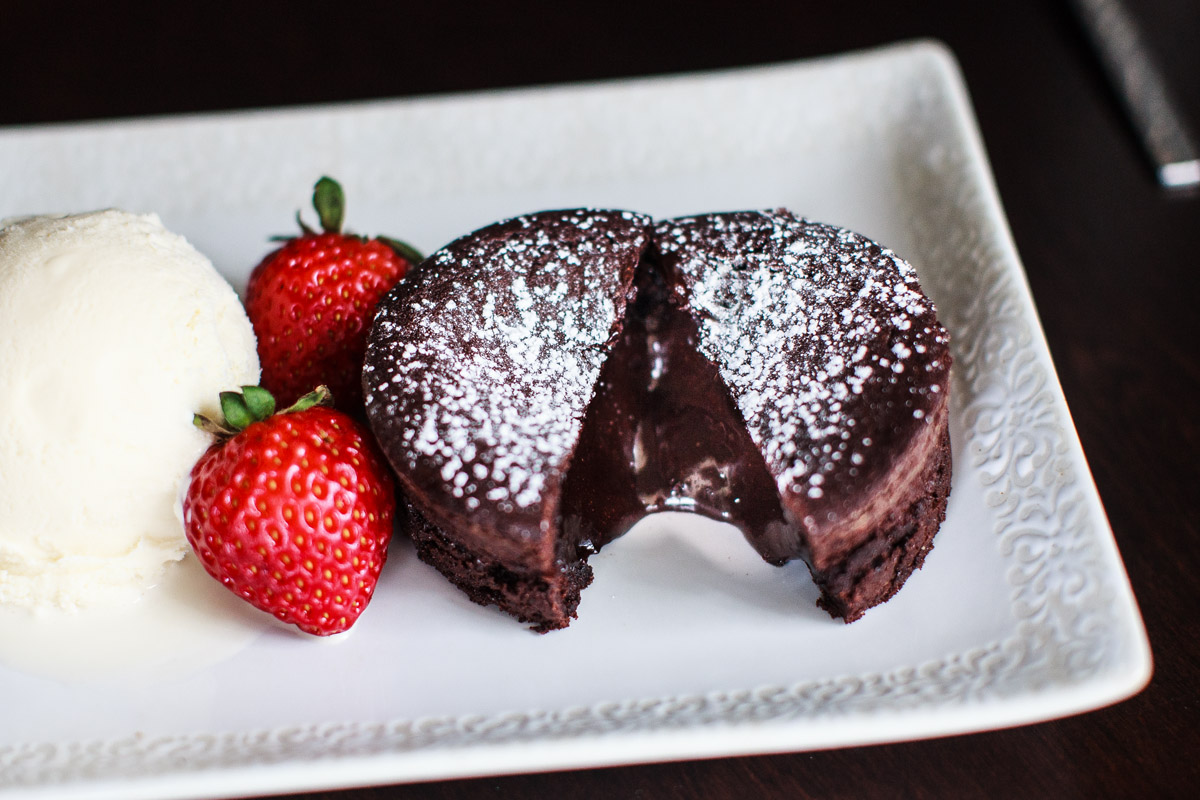 Instant Pot Molten Chocolate Lava Cake Recipe + (Instant Omni Plus Oven)