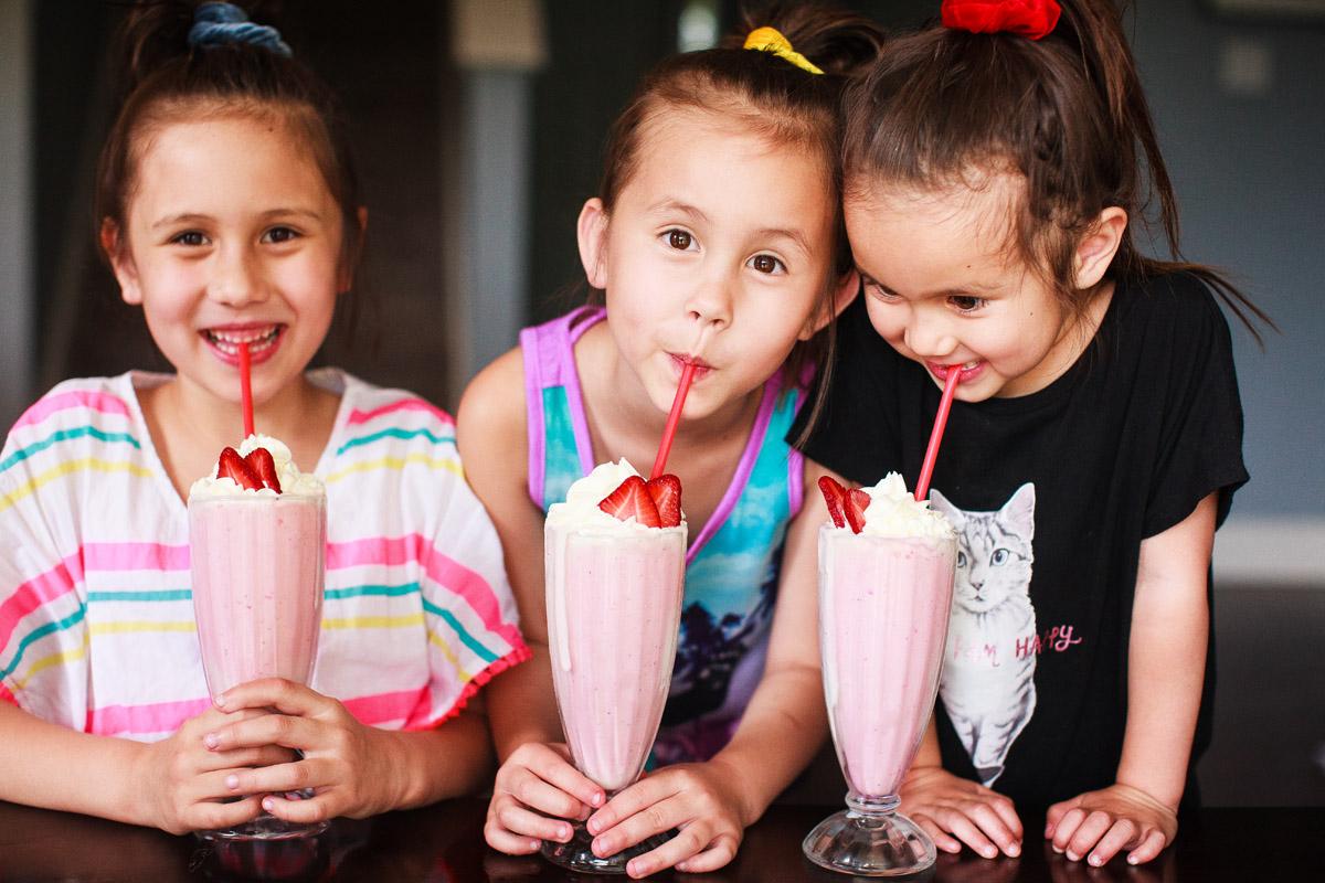 Fresh Strawberry Milkshake Recipe