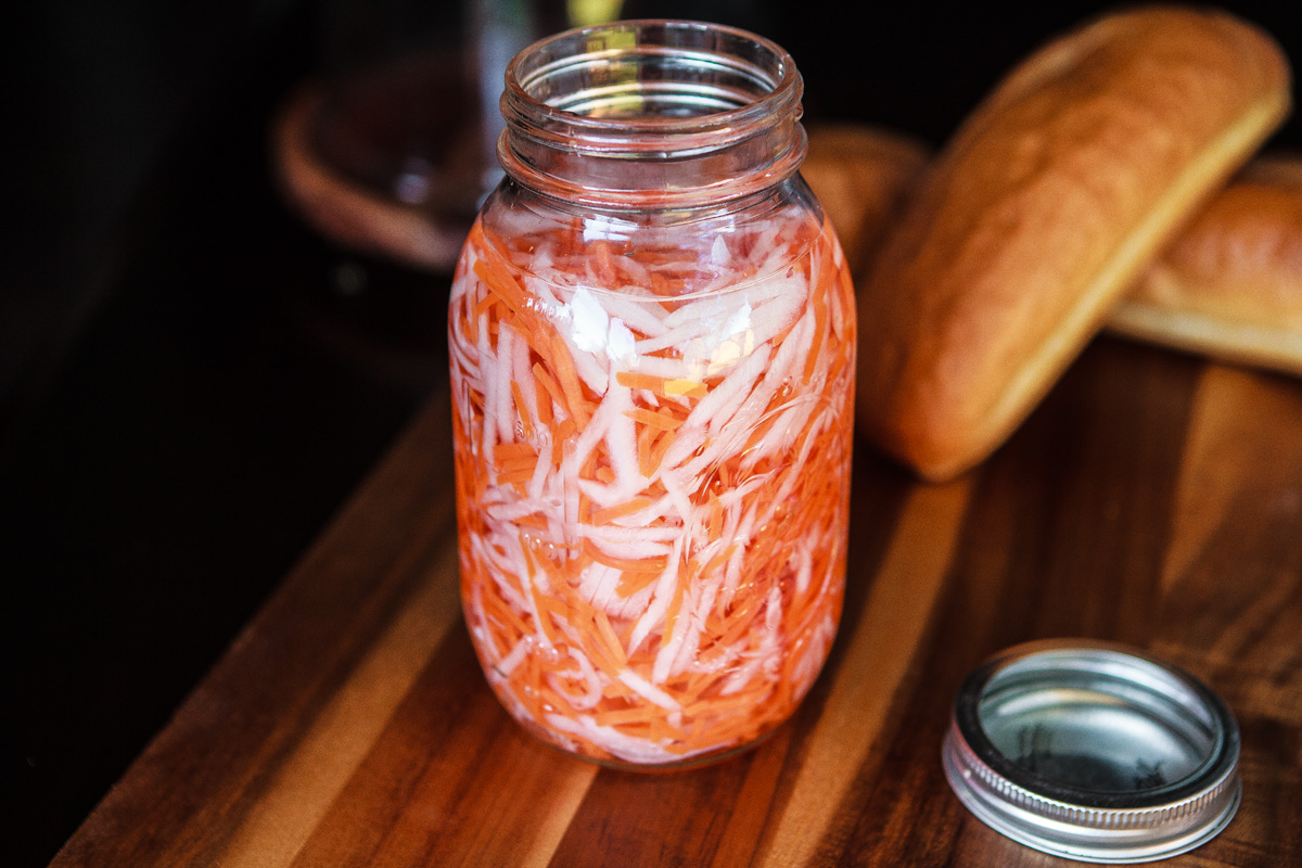 Vietnamese Pickled Daikon & Carrots Recipe (Đồ Chua)