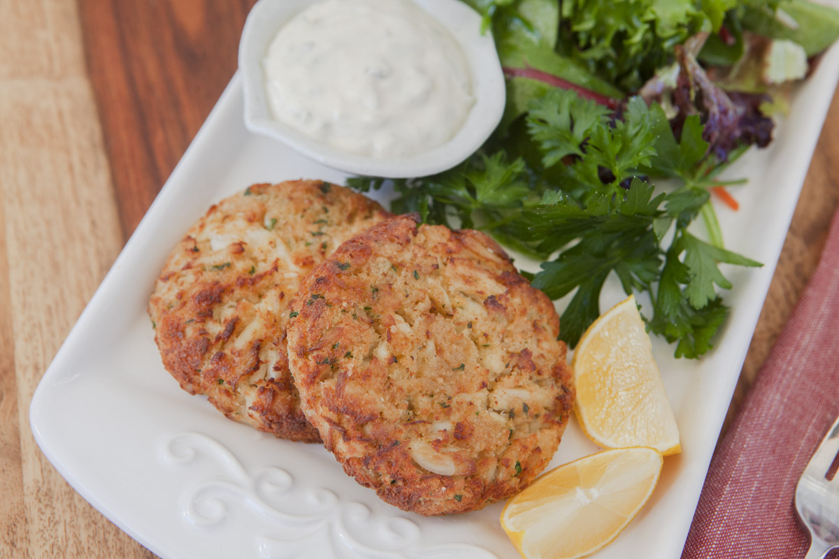 Air Fryer Crab Cakes with Tartar Sauce Recipe