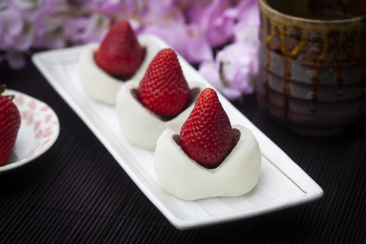 Strawberry Mochi Recipe for Instant Pot or Steamer (Ichigo Daifuku)