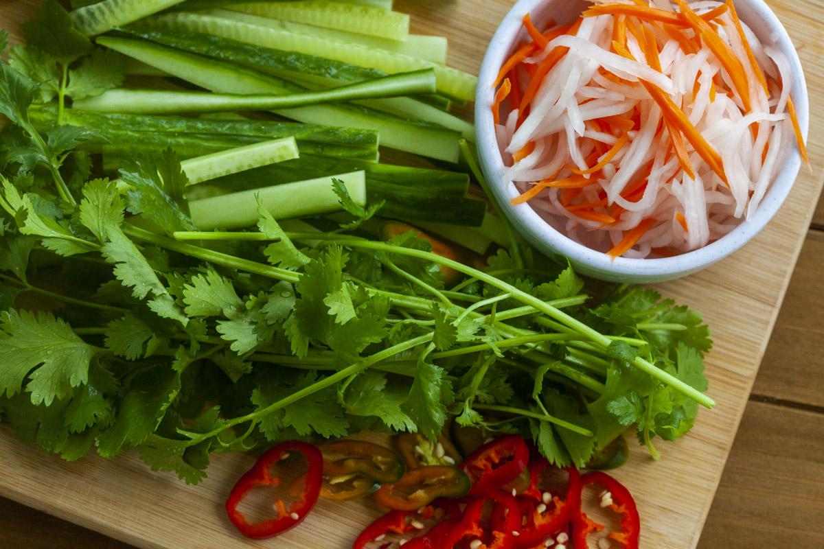 Vietnamese Tuna & Fried Egg Banh Mi Recipe (Bánh Mì Cá Thu & Trứng ốp la)